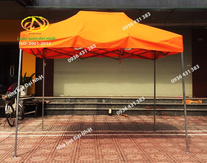 Nhà bạt di động màu cam